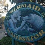Photo de The Mermaid & The Alligator
