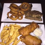 Patty melt w/onion rings, fish & chips