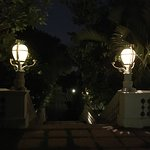 Pictures taken after an excellent dinner at the Taj Falaknuma Palace!