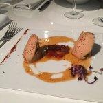 Foie gras, velouté de lentille corail et effiloché de joue de cochon.. Un délice !