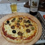 A nice piza with local Chiang Mai sausages