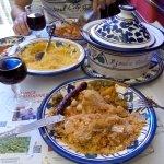 Menu du jour: Couscous poulet-merguez-boulette et légumes