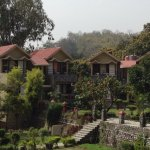 Excellent stay at Pratiksha, all rooms have a good view of Kosi river