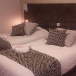 les chambres etaient renovées et super propres!! et tres confortables!