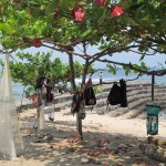 Photo de Senggigi Beach