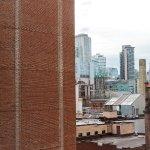 Foto de Holiday Inn Express Toronto Downtown
