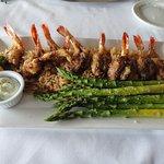 blackened gulf shrimp with asparagus