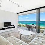 1 Bedroom Ocean Apartment Lounge Area