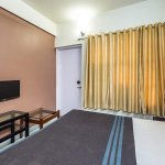 Abhishek Hotel Photo