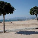 Playa Requeral a pocos minutos de nuestros apartamentos