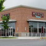 View of MOD Pizza from the parking lot.