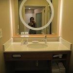Photo de SpringHill Suites St. Louis Brentwood