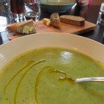 asparagus and green pea sopup