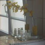 Bad mit Badewanne, Waschbecken und Bidet