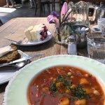 Foto de Strandfield Cafe Florist & Grocer