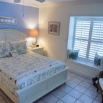 South Beach-wonderful ocean view room with private parking area and a semi-private porch entranc
