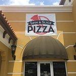 Spin & Slice Pizza