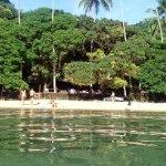 Praia Crena , pequeña playa preciosa.
