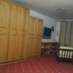 Diring room Living room and 2 spare fold up beds