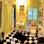 Surgeon's master suite - bath.