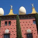 Dali Teatre Museu Eggs are fragile - life is fragile
