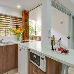 kitchen 1 bedroom suite