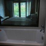 Room 2209, bathtub