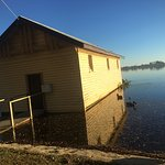 Lake Wendouree just 50 m from Grove st Lwla