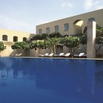 Temperature controlled outdoor swimming pool