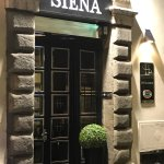 Front of Hotel Siena
