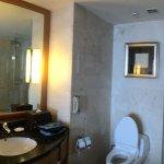 Standard King room, JW Marriott, Medan