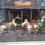 Lucky Luke, Jolly Jumper and the Daltons