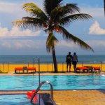 Photo de Camelot Beach Hotel