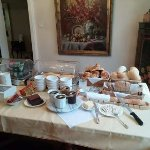 The breakfast spread (minus the eggs cooked to order.)