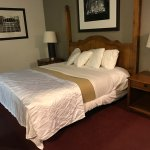 Ranch House Inn & Suites