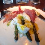 My starter of asparagus, parma ham and poached egg- great!