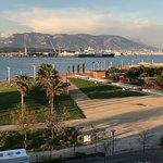 Photo de Kyriad Prestige Toulon - L S S M - Centre Port