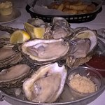 Tony's Bourbon Street Oyster Bar照片