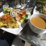 vegetable quiche w/small coffee