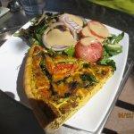 vegetable quiche w/side salad