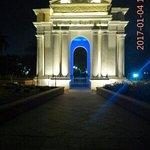 Beautiful Aayi Mandapam monument at night !