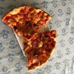Pizza con formaggio di bufala