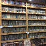 音浴博物館には16万枚のレコードが展示されています。複数のスピーカーで聴くことができます。