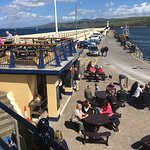 Great spot for a quick bite on a sunny day. Gorgeous views of the sea and Peel harbor from upper