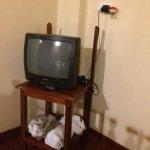 la télévision de la chambre, conforme au reste