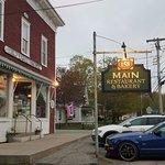Photo de 158 Main Restaurant & Bakery