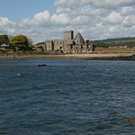 Inchcolm Abbey photographed from the Maid of the Forth on our return to South Queensferry.