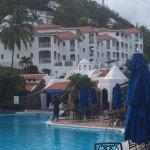Photo de Windjammer Landing Villa Beach Resort