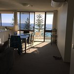 Photo de Northwind Beachfront Holiday Apartments