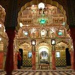 Sri Shantinath Bhagwan Mandir
